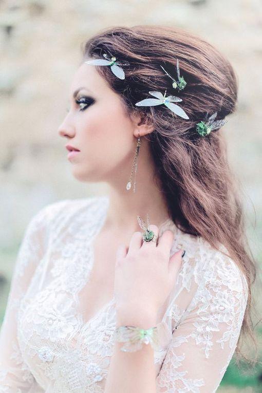 Des papillons dans votre coiffure de mariage