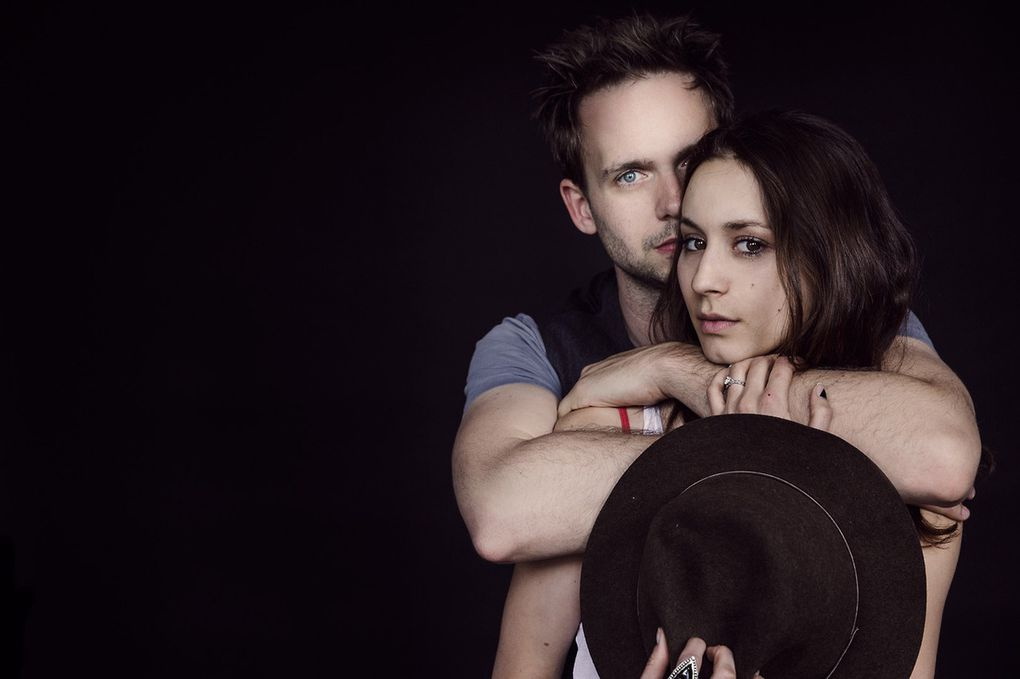 Couple de Star : Troian Bellisario &amp&#x3B; Patrick J. Adams