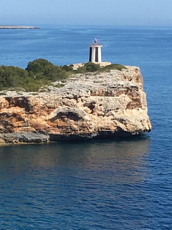 De la Torre dels Falcons au phare, Porto Cristo