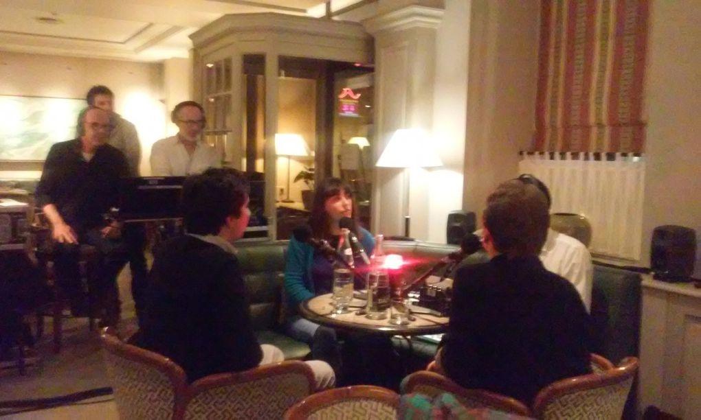Sébastien Llinares (guitare) , Stéphanie Kalfon (Les Parapluies de Satie, David Christoffel (Ouvrez la tête (ma thèse sur Satie) et Erik Satie (chez Olga au Musée Picasso) avec Lionel Esparza