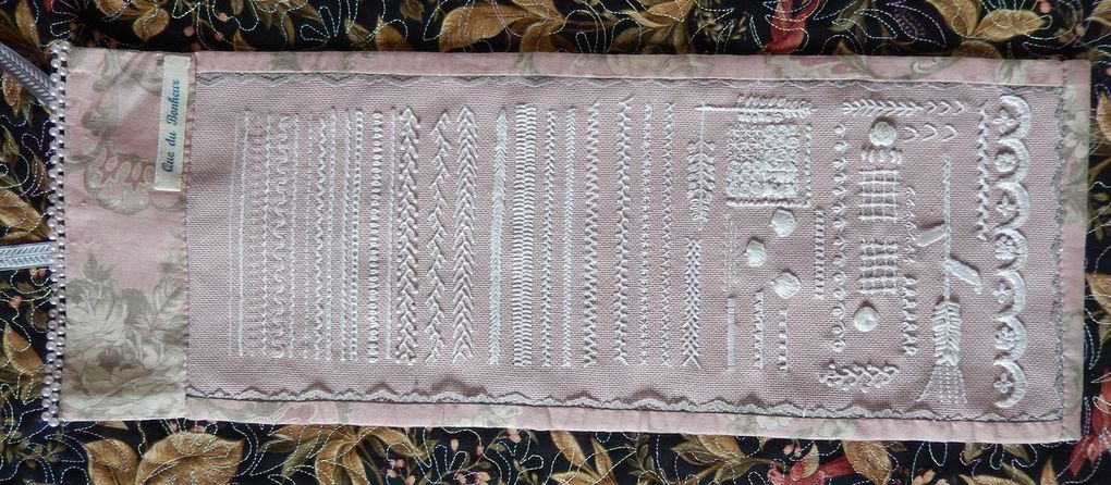 Broderie Traditionnelle (45cm x 20cm)