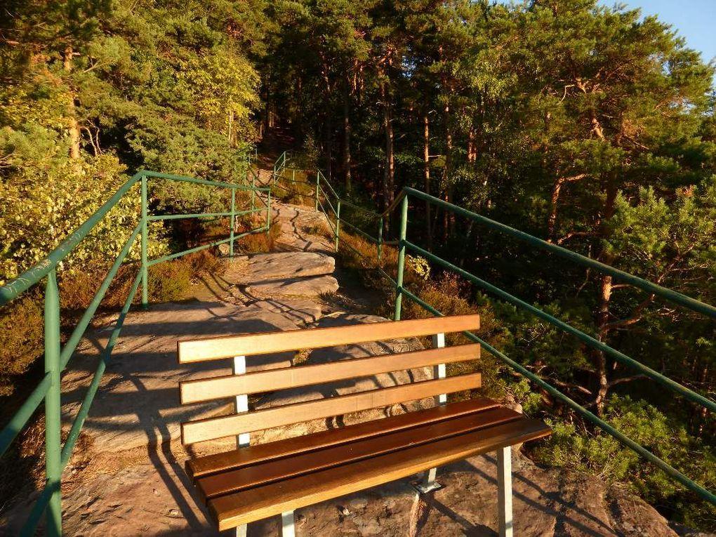 Le promontoire-observatoire du Galgenfels (massif du Löffelsberg, alt. 405 m) / diaporama.