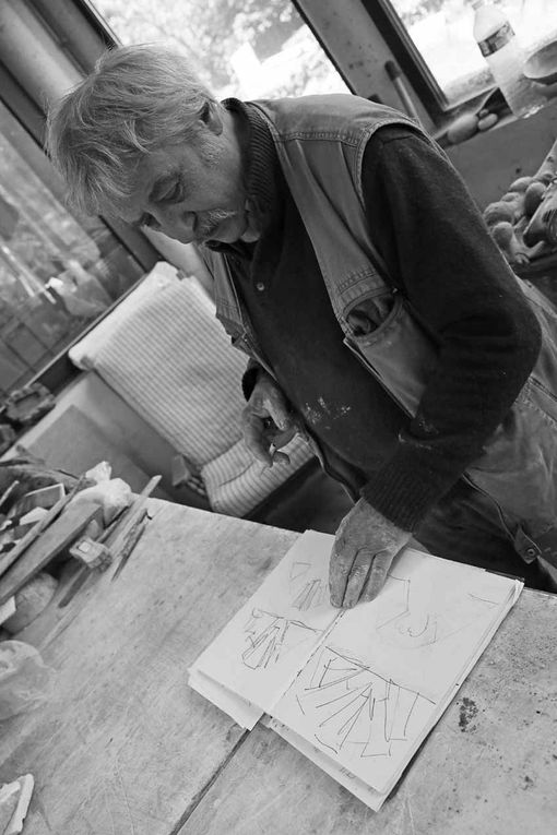 Claude Champy dans son atelier