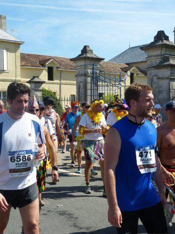 Marathon du Médoc 2014 : Hawaï, Tahiti... couleur soleil !