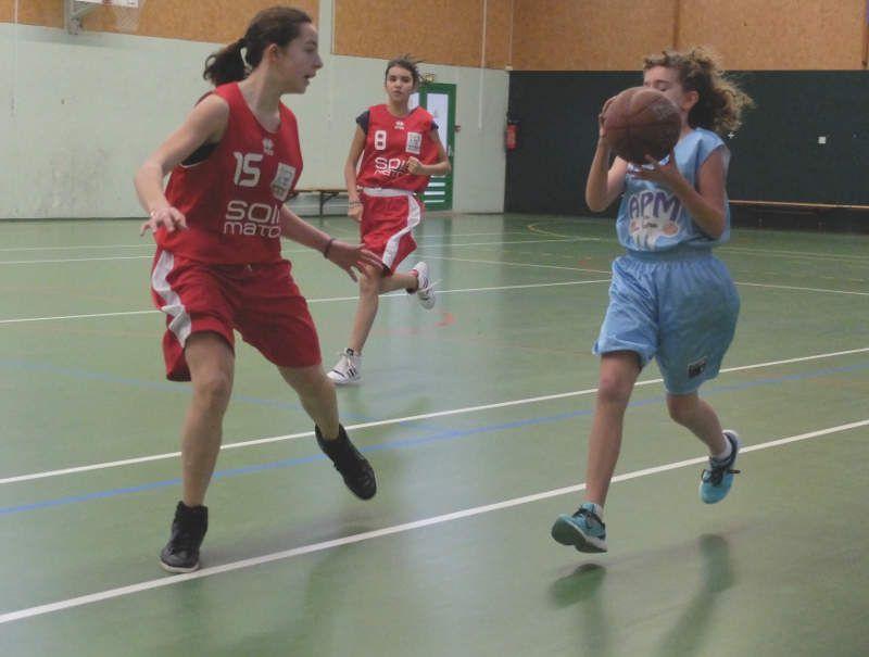 2014-11-22 Match des benjamines contre Larçay-Veretz