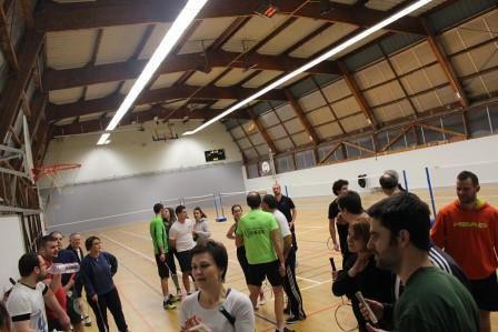 Les BTT Loisirs font du badminton le 16/02/2016