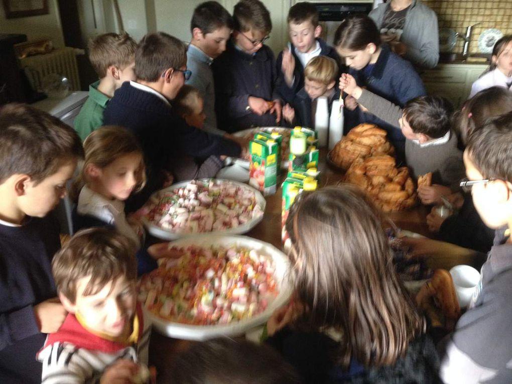 chapelet et goûter avec les enfants