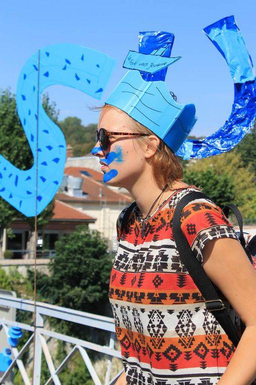 Le Festival des Mains Bleues