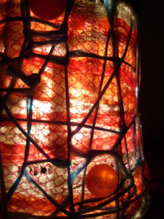détails de la lampe.