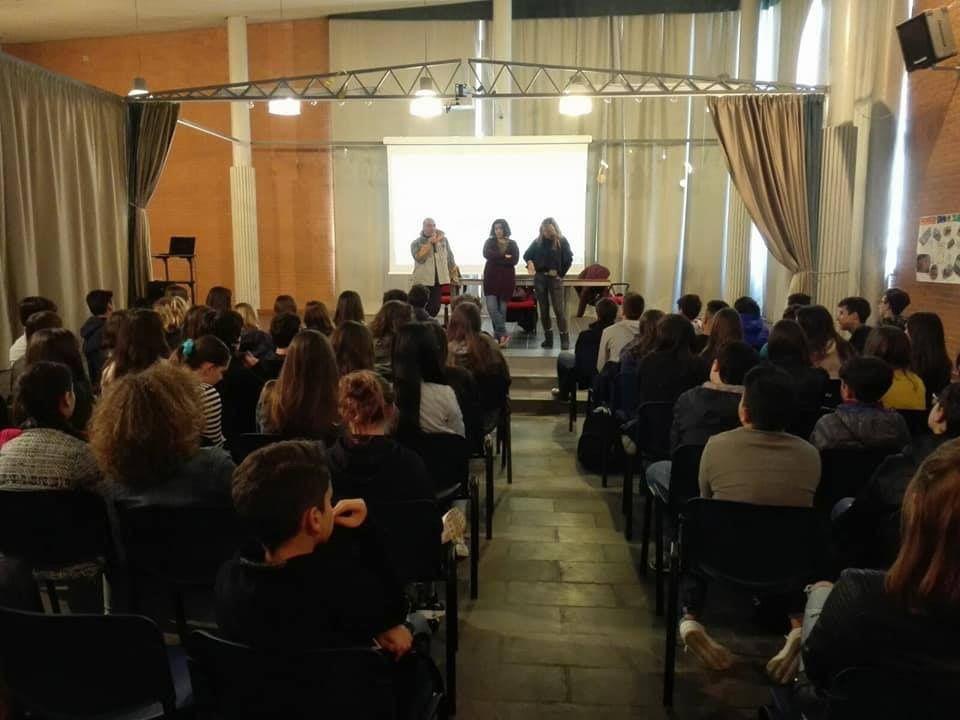 Séminaire en Italie ... 80 jeunes européens très heureux!