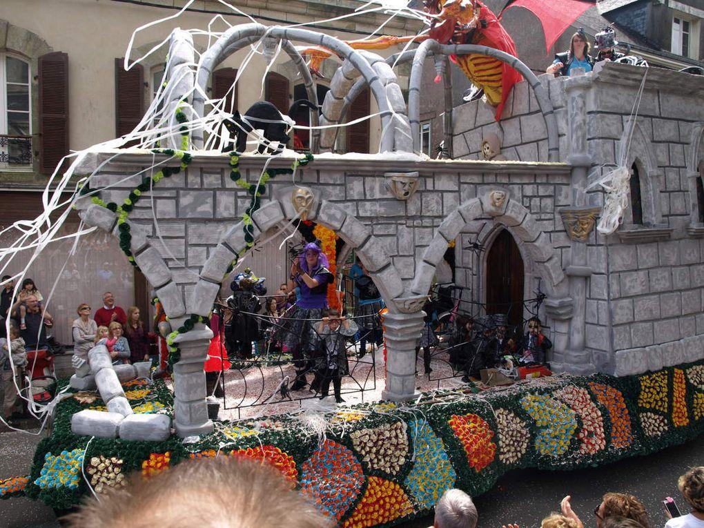 Cavalcades de Scaer (Finistère) - 1er Carnaval de Bretagne