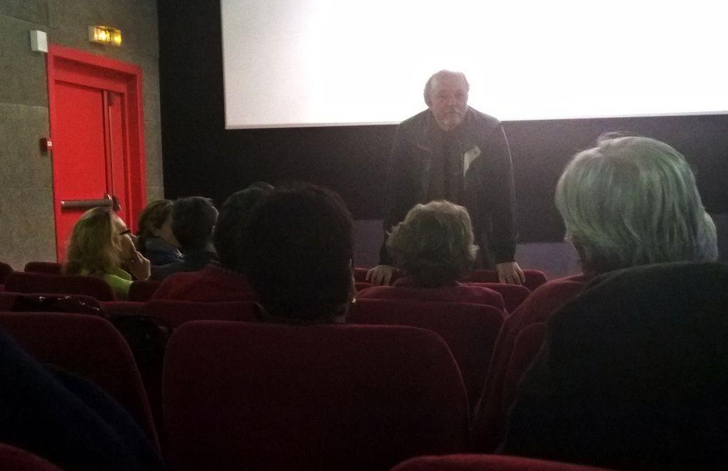 Bernard Favre nous présente son film. Il répond aux questions du public du CinéLaudon