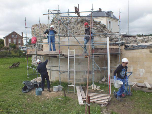Diaporama des jeunes bénévoles venus de Fécamp.