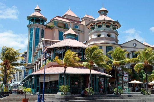 Ville de port louis vacances arts guides voyages - Restaurant port louis ile maurice ...