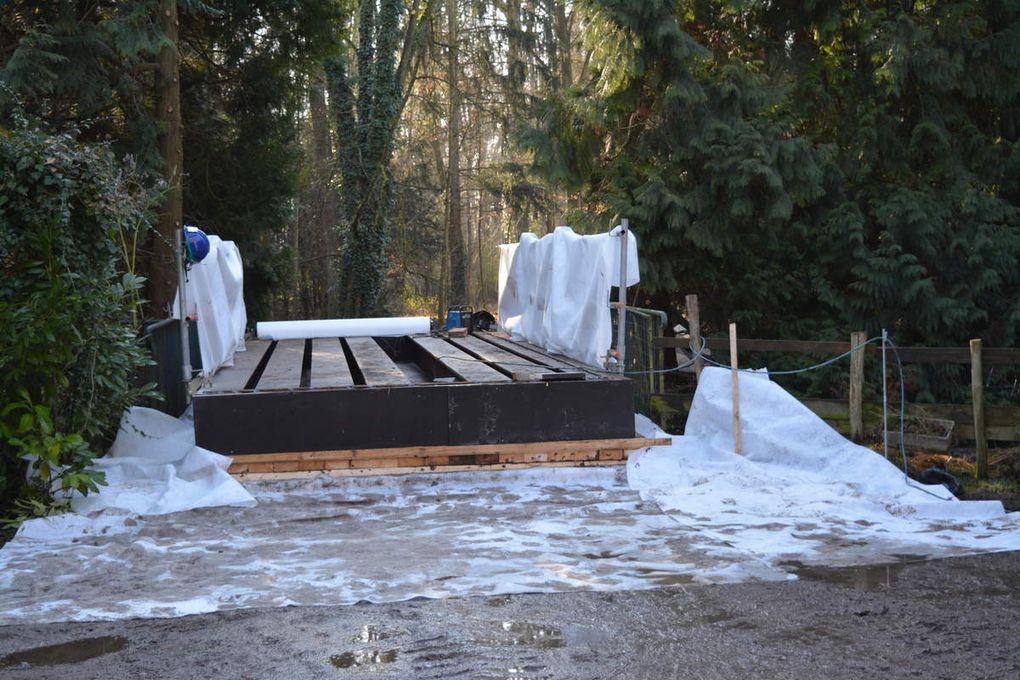 La protection des ponts qui accèdent au domaine du château de Kolbsheim, non sans dégâts au chemin d'accès.