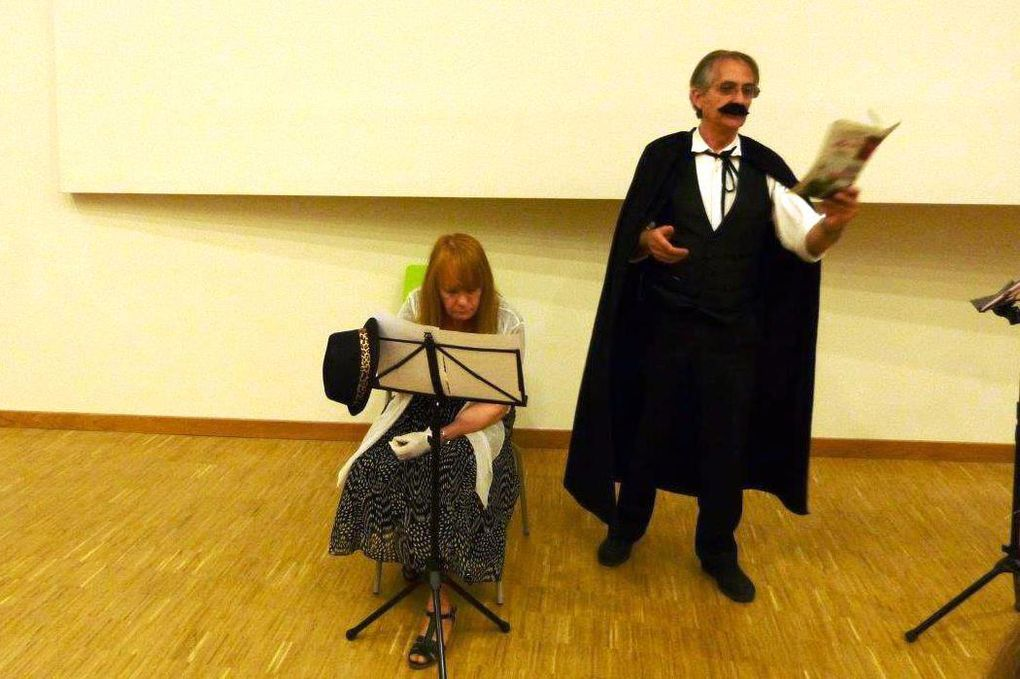 Un petit spectacle de lectures sympa de La Fontaine à Maupassant encadré par des chansons...