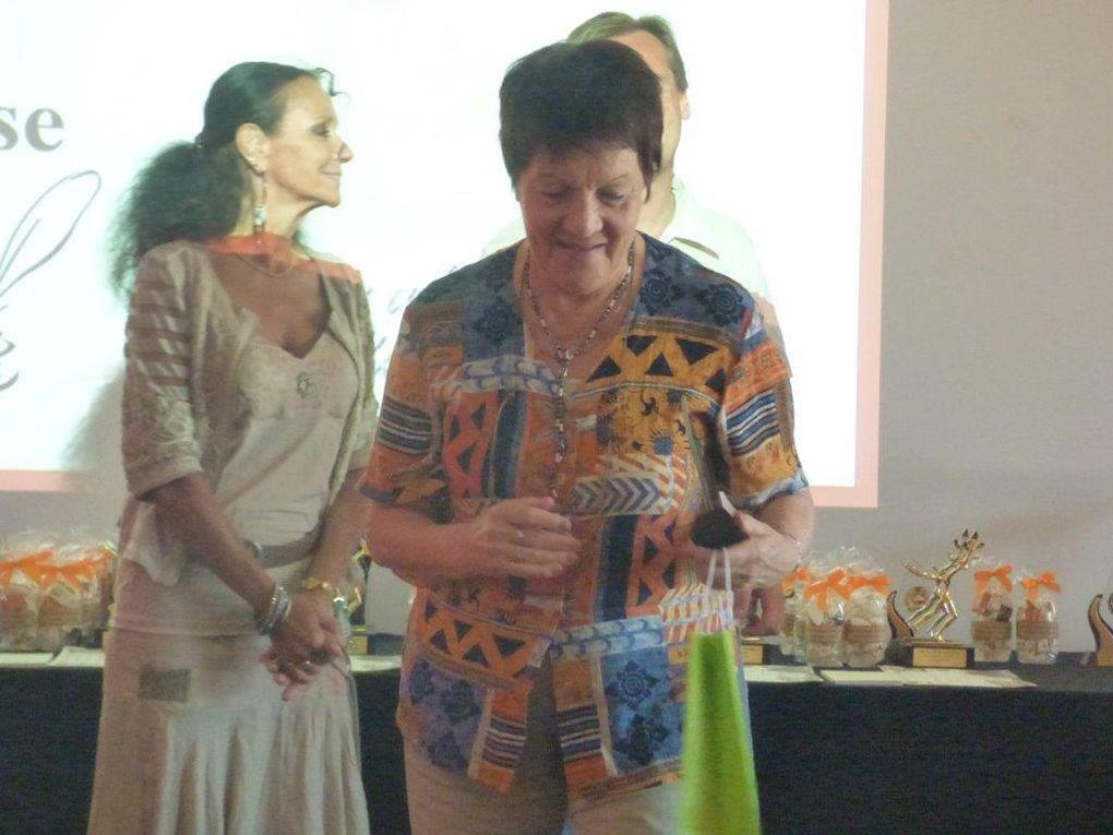 Remise de prix 2015  dirigée par la présidente Canelle Roux pour les lauréats du concours Juliette Astier Cestion