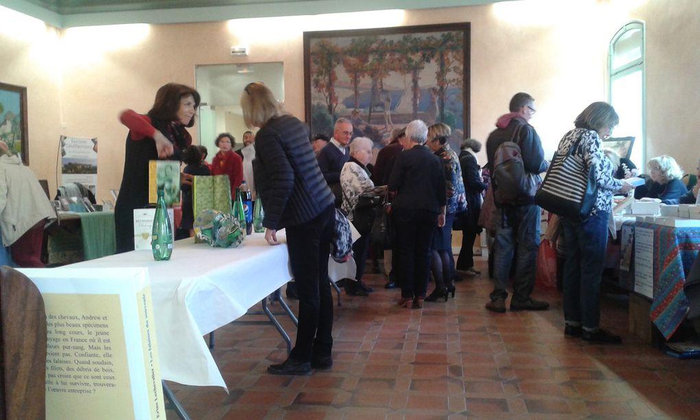 Marché de La Bouilladisse... Marché de Gardanne... Stands  à Istres...