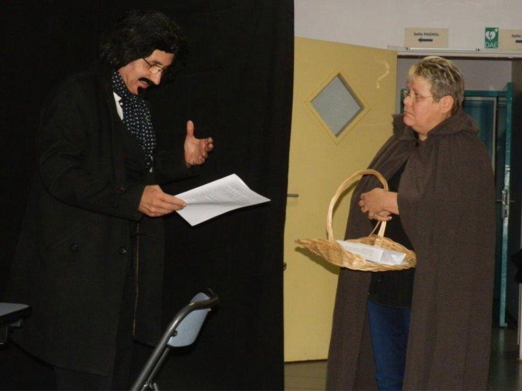 Mettre en scène un texte ce n'est pas toujours facile mais c'est ce que nous faisons depuis 2010 et ce livre est un peu un remerciement  à ceux qui nous ont aidé et surtout à Joseph et à Francis