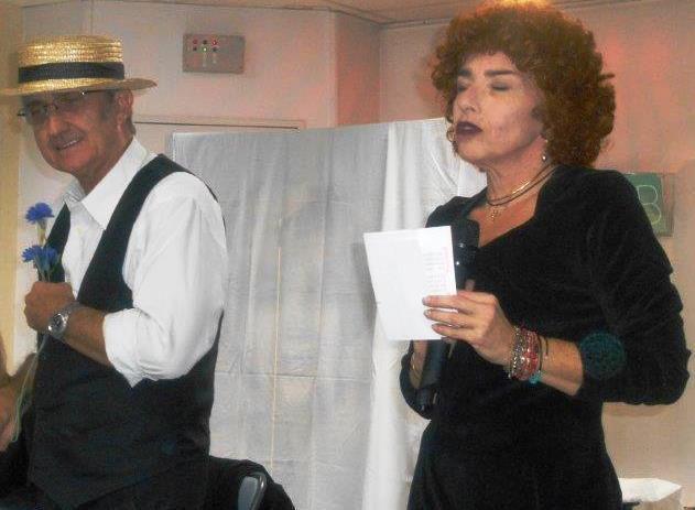Sept ans de lectures spectacles sur Aubagne avec quelques apparitions externes en maison de retraite, salle des fêtes, restaurant et club ou théâtre marseillais et même dans le collège Sarraute avec participation des élèves.