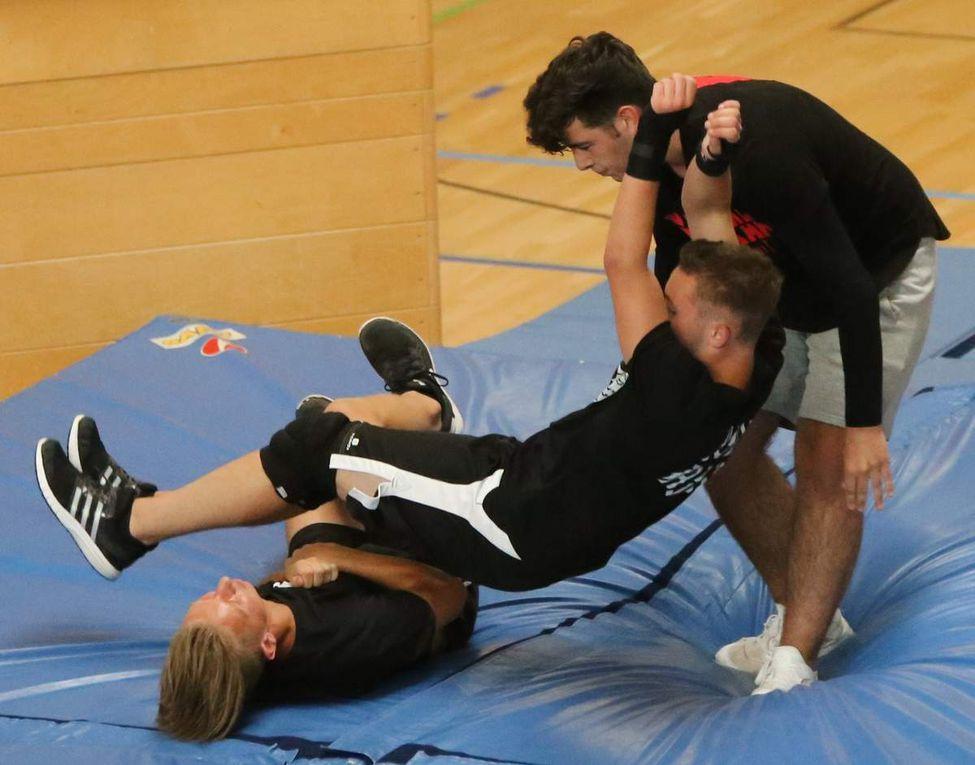 Attraktives Schulfest der Veitshöchheimer Mittelschule mit viel Musik, Theater und Sport u.a. Wrestling und einem phänomenalen Schülersprecher Luca Schenk