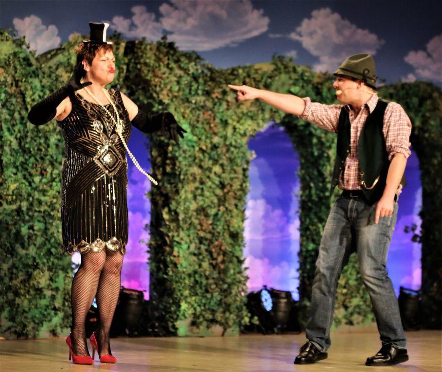 Faschingsgala der Tanzsportgarde Veitshöchheim bot einen Rausch an Farben und ausschließlich exzellente Künstler