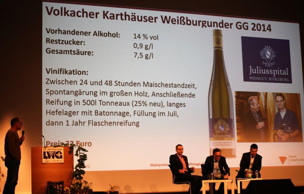 Auch beim Vergleich mit dem berühmten 25 Euro teuren französischen Spitzenwein Chablis 1er Cru Montmain von Louis Michel et Files in Burgund hatte das Juliusspital Würzburg als fränkischer Vertreter mit dem Volkacher Karthäuser Weißburgunder GG nicht nur in der Gunst sondern mit 33 Euro auch im Preis die Nase vorn.