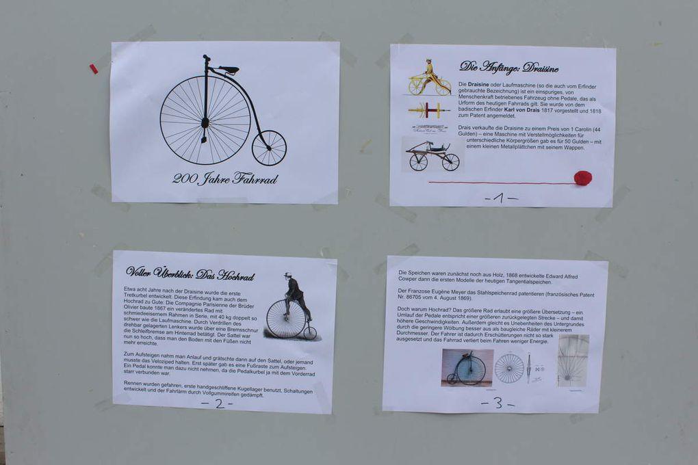 Das Rahmenprogramm umfasste ferner Stellwände mit der 200-jährigen Geschichte des Fahrrads und einen Fahrradparcours für Kinder.