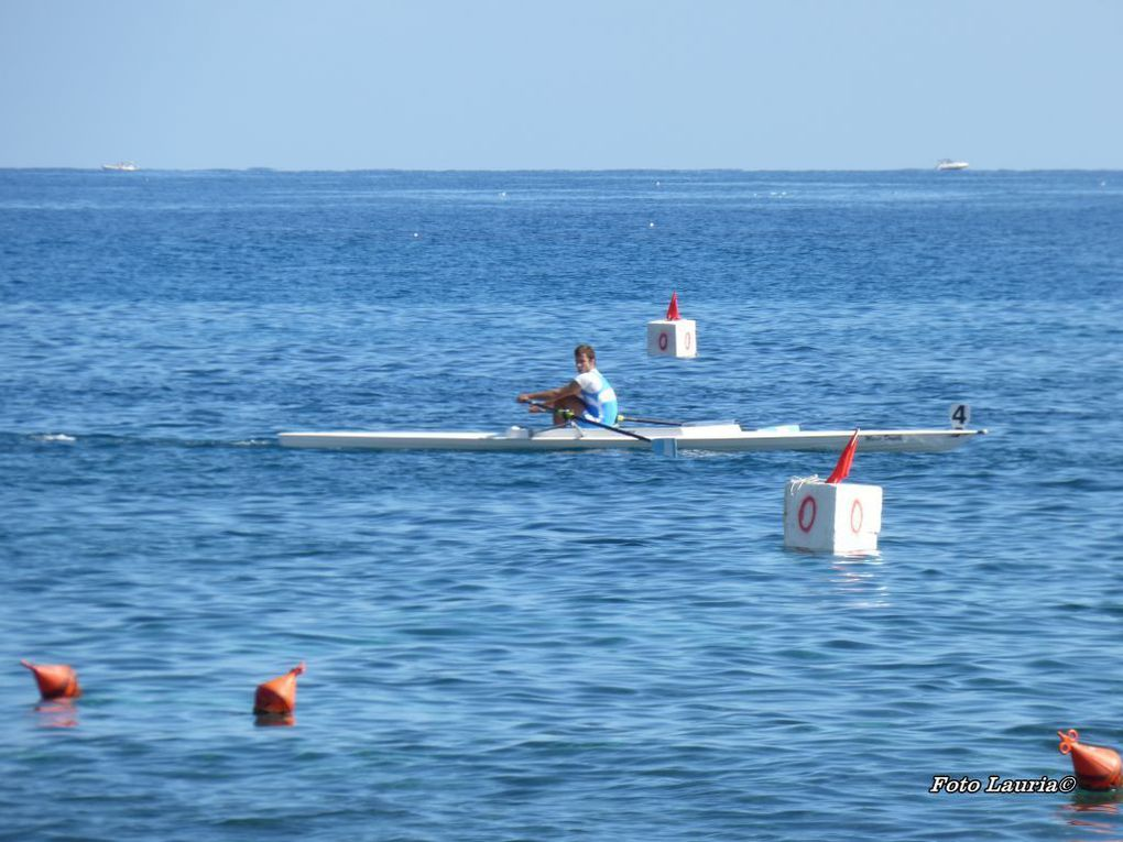 Campionati Italiani in tipo regolamentare 2015. In pieno svolgimento la rassegna tricolore in Yole da Mare nelle acque del golfo di Mondello
