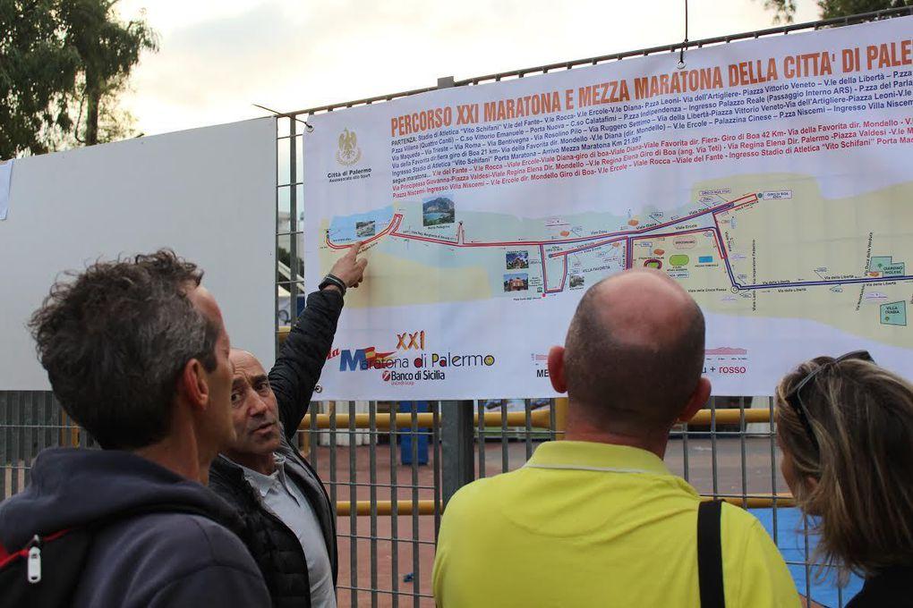 Maratona Città di Palermo 2015 (21^ ed.). Fila al Marathon Village per il ritiro dei pettorali. Tutto pronto allo start, con la previsione di un minuto di silenzio per le vittime degli attentati