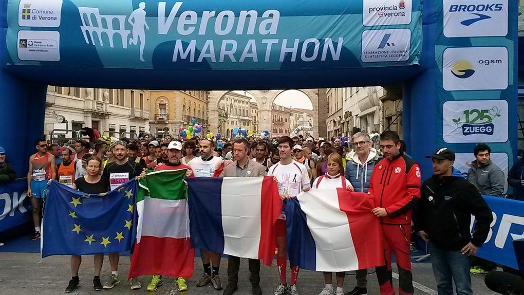VeronaMarathon 2015 (14^ ed.). Vincono il Kenyano Jackson Lokochol e la croata Nikolina Sustic, ma il cuore di tutti è per Parigi