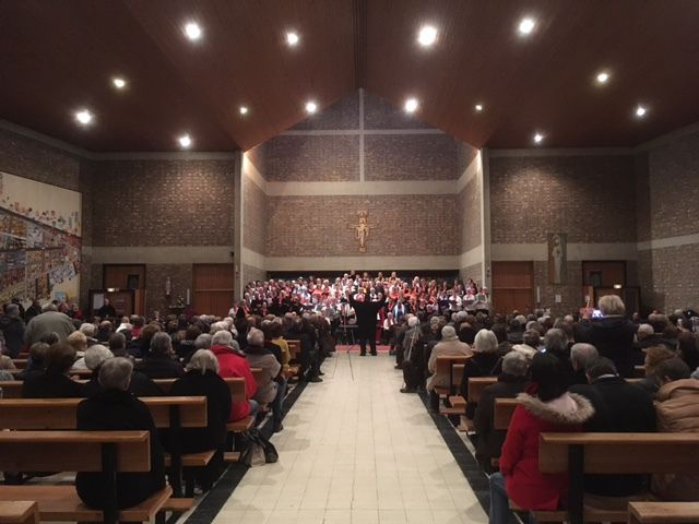 Concert de Noël en l'église Saint Bruno - groupe vocal Chapelain et 200 choristes