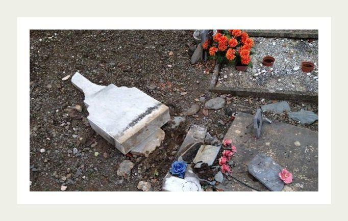 Ces tombes sont des tombes d'enfants.....