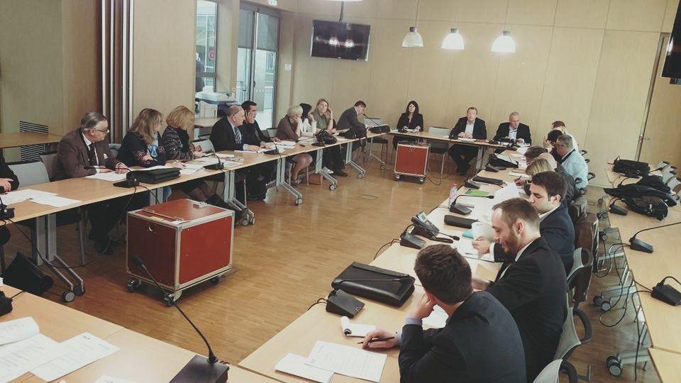 Région : les élus FN (et tous les autres) méprisés par Wauquiez