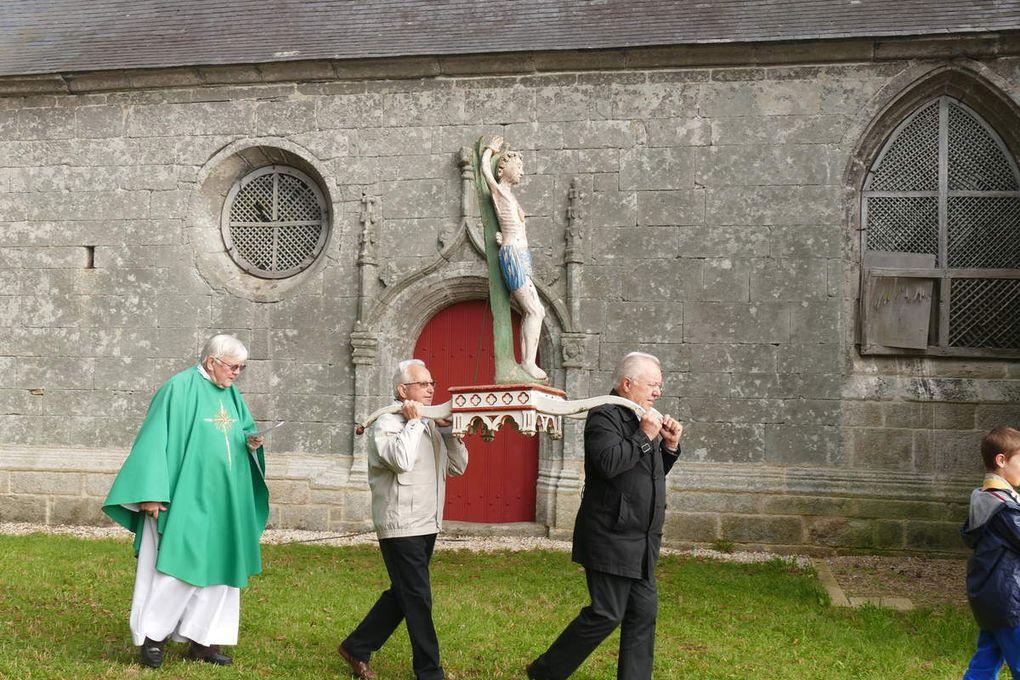 Procession de pardon, 20 septembre 2015, chapelle Saint-Sébastien, Le Faouët. Photographie lavieb-aile.