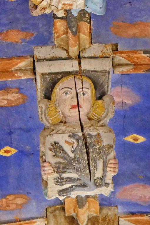 About de poinçon du chœur de l'église Saint-Yves de La Roche-Maurice. Photographie lavieb-aile septembre 2017.