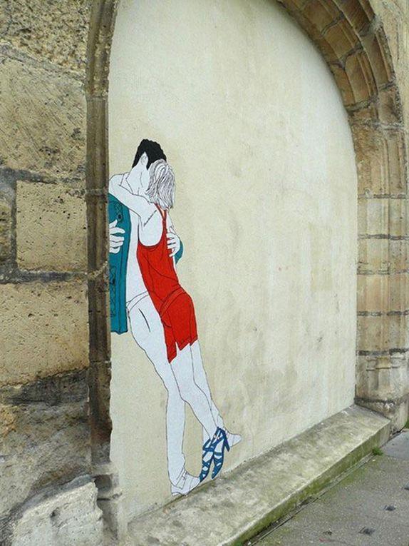 Claire Streetart - Dans la rue, s'embrasser