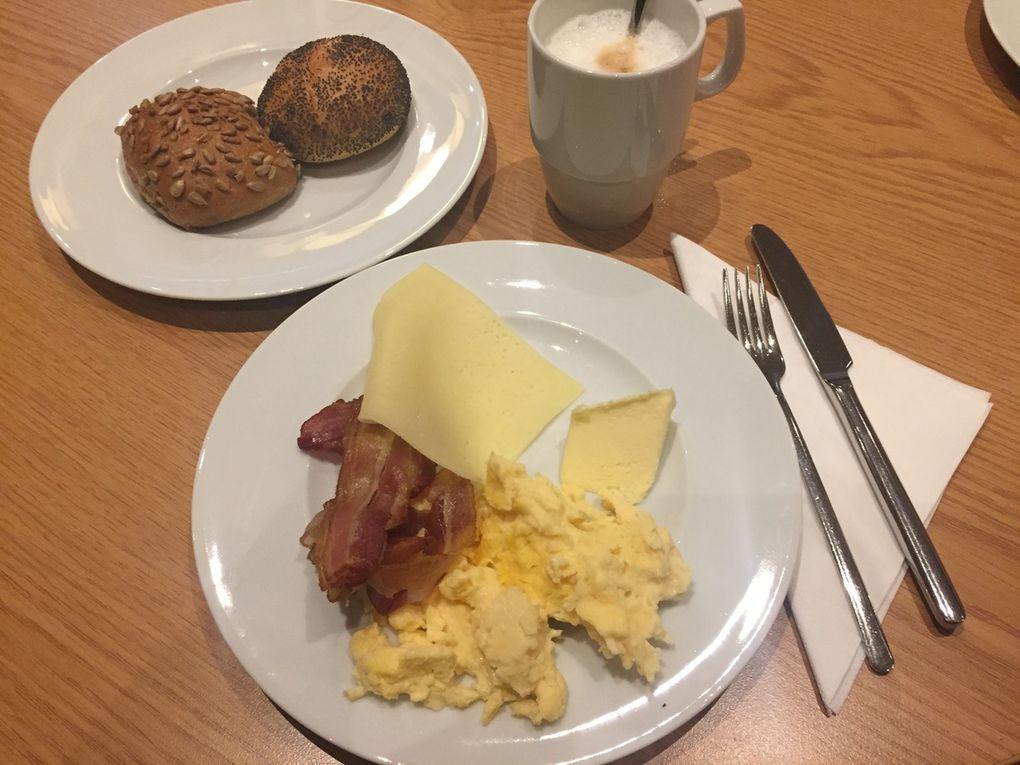 Frühstücken im Scandic Hotel
