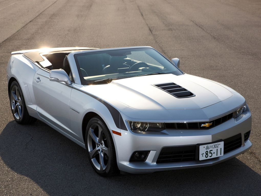 VOITURES DE LEGENDE (496) : CHEVROLET  CAMARO LT CONVERTIBLE  JAPON - 2013