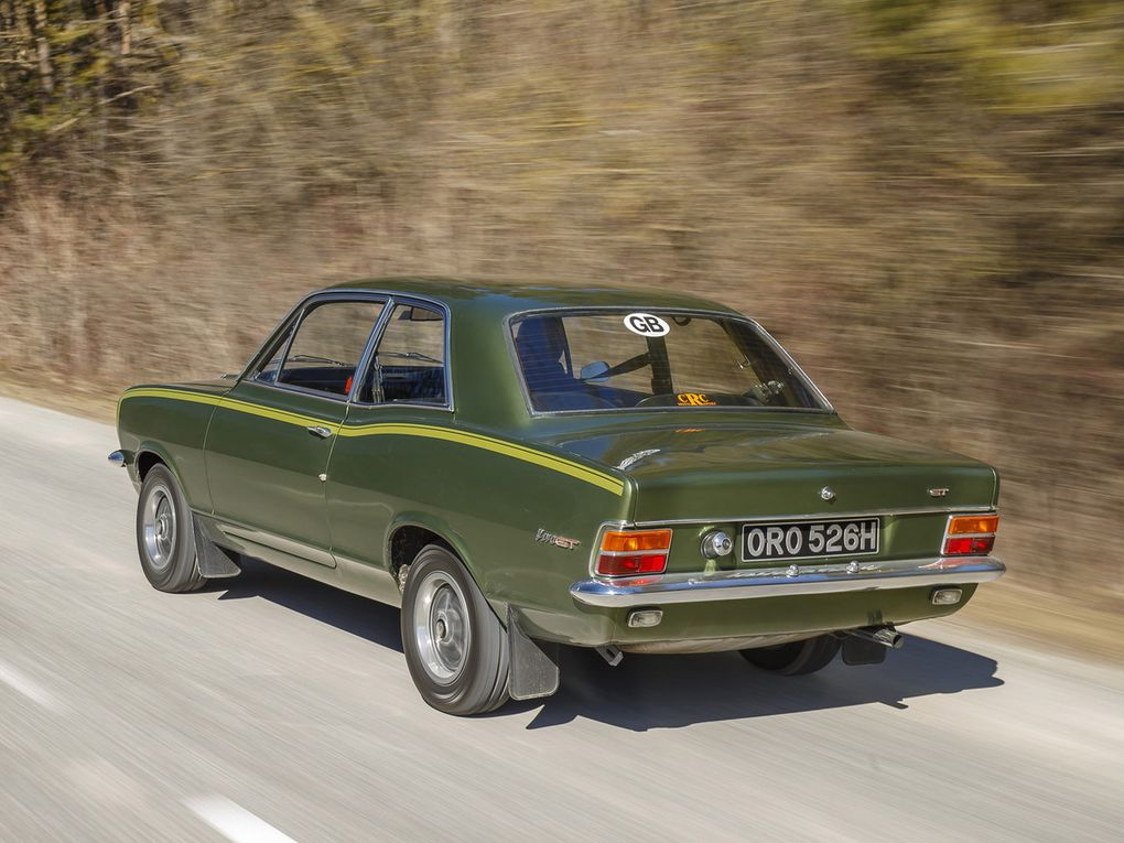 VOITURES DE LEGENDE (505) : VAUXHALL  VIVA GT - 1967