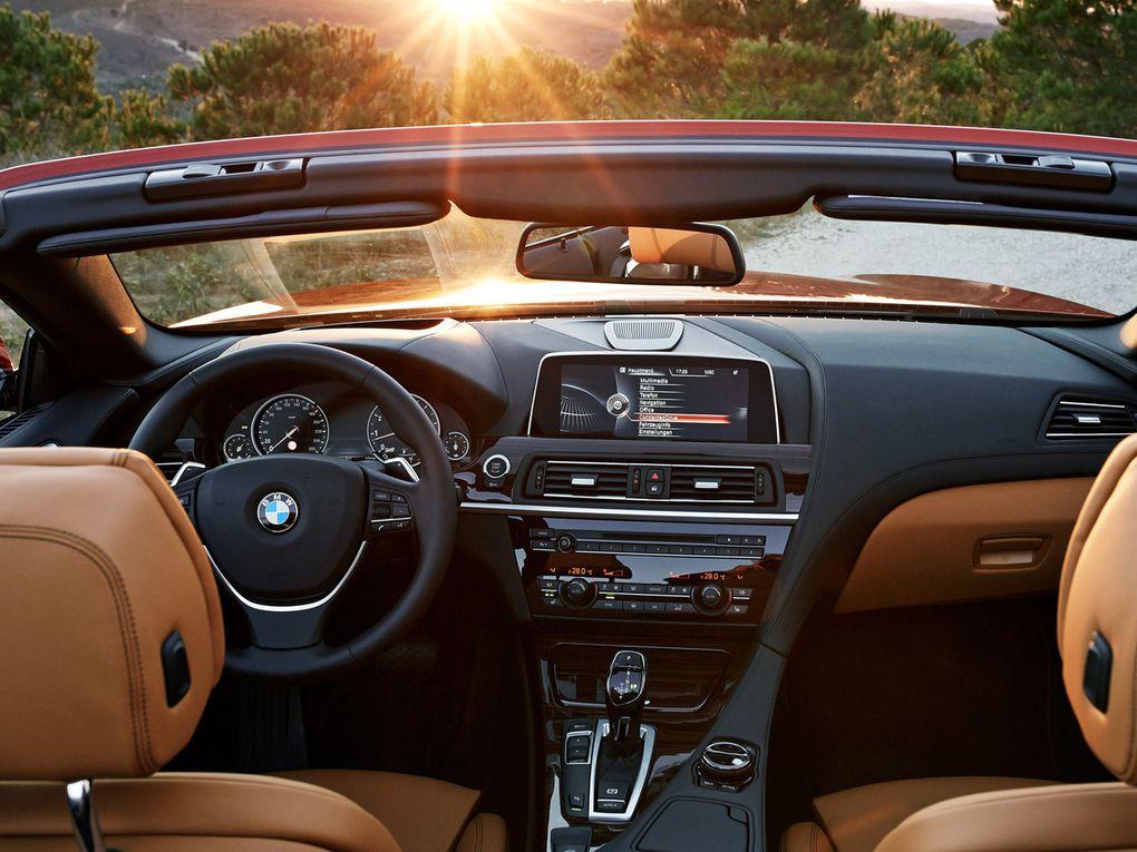 VOITURES DE LEGENDE (509) : BMW  SERIE 6  650i CABRIOLET - 2015