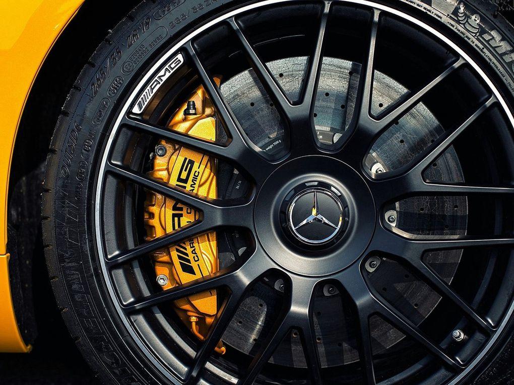 VOITURES DE LEGENDE (512) : MERCEDES-BENZ  AMG GT S VERSION UK - 2016