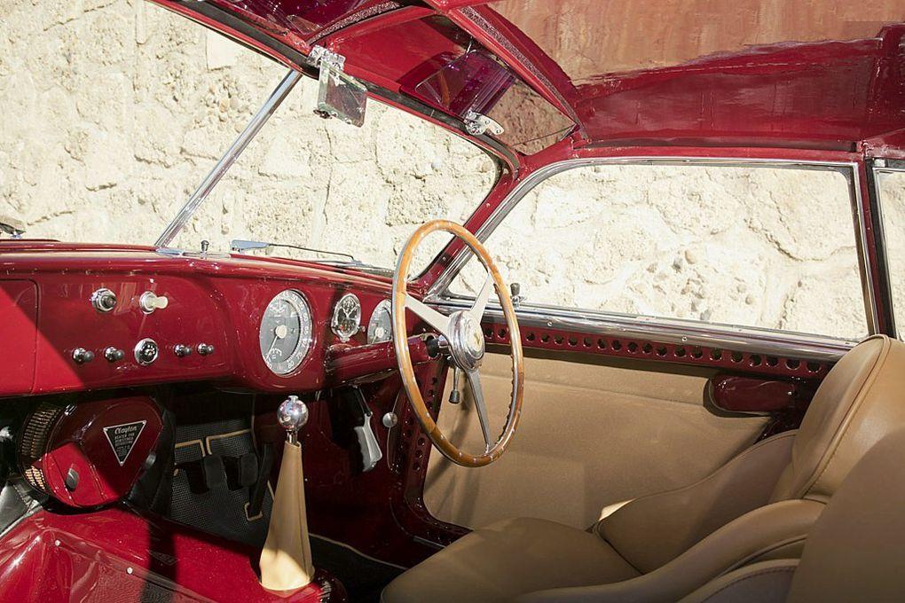 VOITURES DE LEGENDE (513) : FERRARI 212 EXPORT  TOURING BERLINETTA - 1951