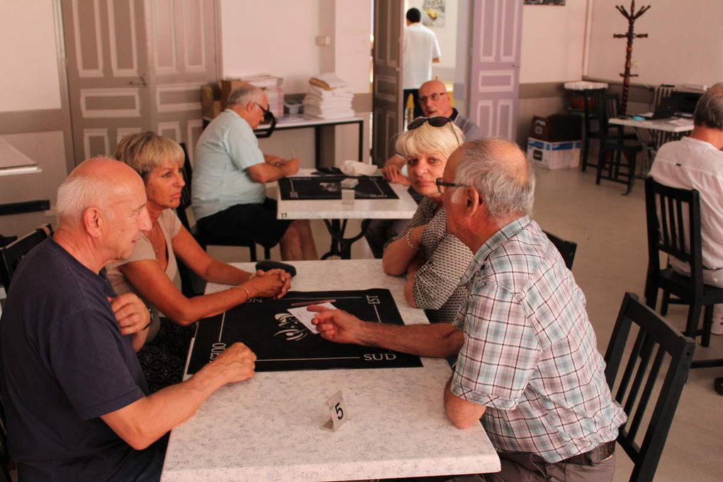 Café Hotel, restaurant chez Virginie à Salindres. Bon accueil, repas de qualité et serveuses efficaces ! Parfait !