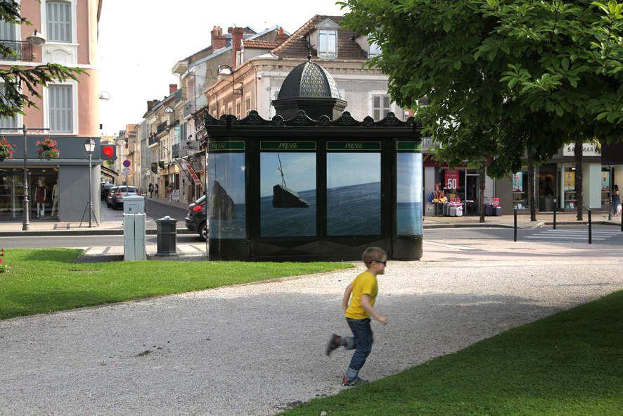 Toutes les images du parcours A SUIVRE, à voir dans le centre ville de Tarbes jusqu'à la fin du mois d'août, de l'avenue Bertrand Barère à l'avenue de la Marne...