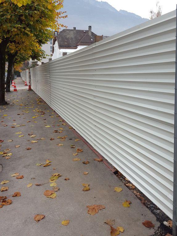 Le mur entoure tout un quartier de Monthey, entre Trollietta, la Verrerie et la Plantaud