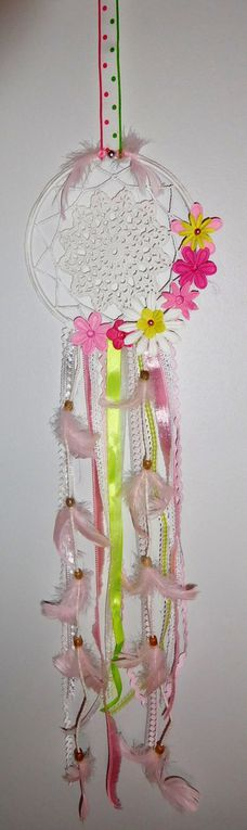 Dream catcher printanier rose et vert prairie