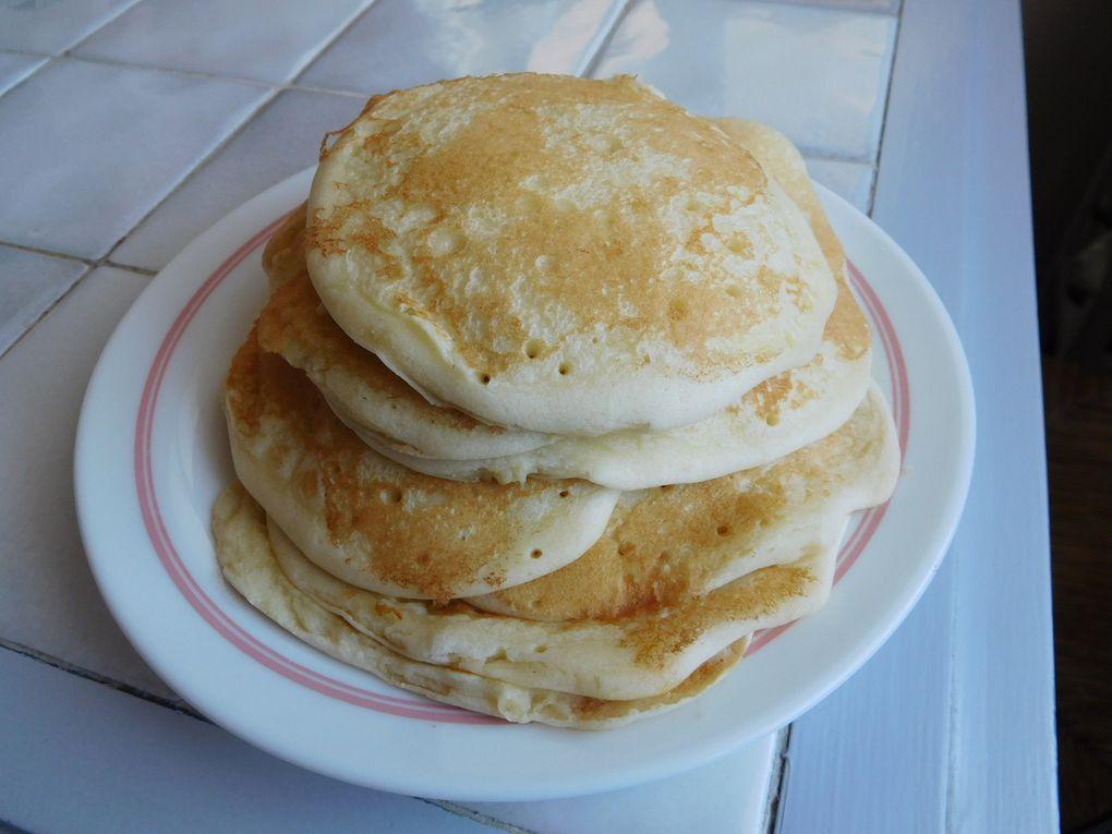 Baghrir, bouquettes, crumpets, frixuelos, jajan-pasar, msemen, pancakes : crêpes d'ici et d'ailleurs
