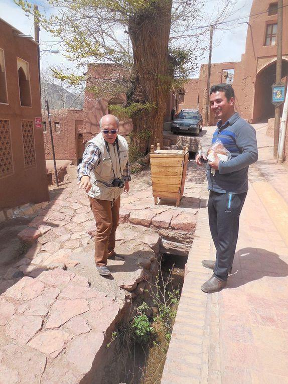 village zoroastrien d' Abyaned