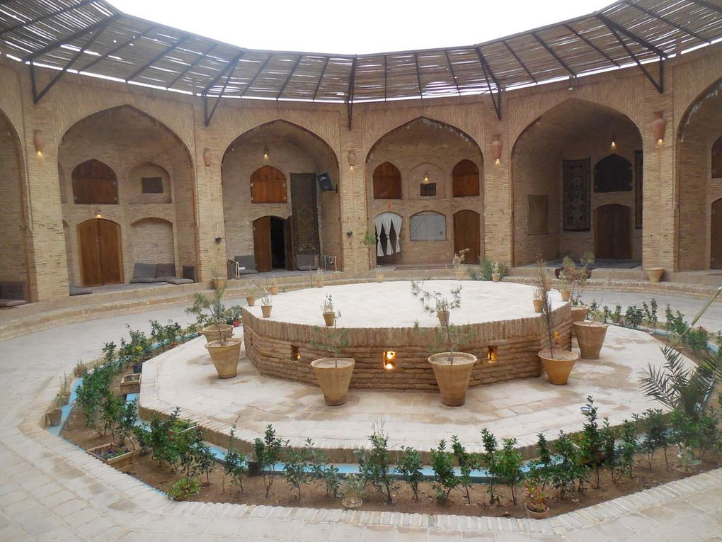 citadelle de Zaryazd, jardin Pahlavan et caravansérail de zin od-Din